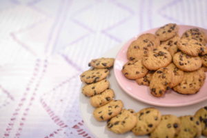 Chocolate cookies HD wallpaper
