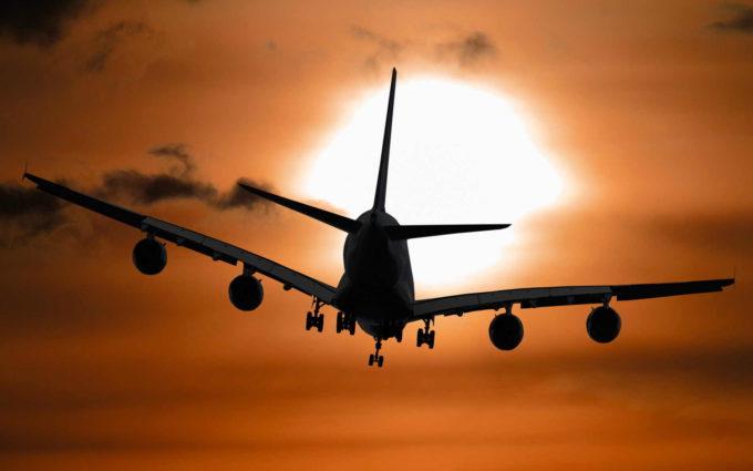 Flying Plane Wallpaper